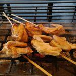 本日より発売♪秋の新メニュー♪むかし鳥 手羽もと ¥730税込タレ味 or シオ味おかわり自由の昆布汁付きガツンと肉質!手羽・ムネ・アバラの三種が1本で味わえます♪ ※鶏の小骨があります。http://ikadamitake.com 営業時間11~17時(夏季)木曜定休(祭日は営業)※むかし鳥、ばくだんは数に限りがございます。1個からお取り置き致します♪Tel.0428-85-8726#炭鳥 #蔵 #筏 #ikada #むかし鳥 #mitake #tokyo #御岳 #御岳山 #御岳山ロックガーデン #武蔵御嶽神社 #多摩川 #御岳渓谷 #御岳ランチ #奥多摩フィッシングセンター #奥多摩 #日原鍾乳洞 #味玉 #バイク #ロードバイク #カヌー #カヤック #リバーSUP #ラフティング #デッドエンド #ペット可
