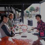 先日もご来店頂いた、炭鳥ikadaを建てて下さった大工さん・浜竹建築さんの奥様(向かって右)が、紅葉を見にいらしたお友達と3人でお越し下さいました🤗今日は天気予報に反して暖かい晴天でした紅葉狩りには最適な日でしたねご来店ありがとうございました🏞️http://ikadamitake.com営業時間・4月〜12月 11〜17時11月末まで木曜定休(祭日は営業)※むかし鳥、ばくだんは数に限りがございます。1個からお取り置き致します♪Tel.0428-85-8726#炭鳥蔵ikada #むかし鳥 #炭鳥ikada #ばくだん #mitake #tokyo #御岳 #御岳山 #御岳山ロックガーデン #武蔵御嶽神社 #多摩川 #御岳渓谷 #東京アドベンチャーライン #御岳ランチ #奥多摩フィッシングセンター #奥多摩 #日原鍾乳洞 #味玉 #バイク #ロードバイク #カヌー #カヤック #riversup  #デッドエンド #ペット可