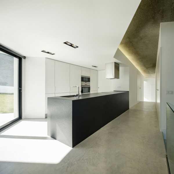 Интерьер в кухни загородном доме фото – Дизайн кухни со ...