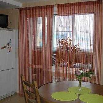 Нити шторы для кухни фото – фото, как красиво повесить ...