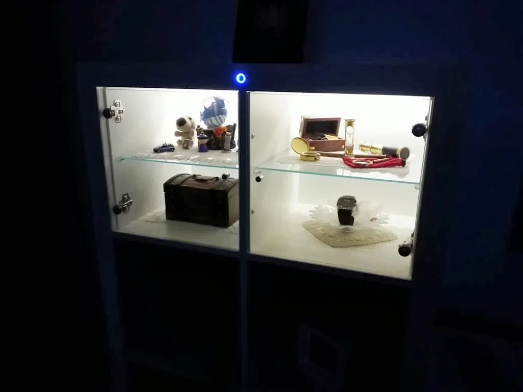expedit leds with style ikea hackers. Black Bedroom Furniture Sets. Home Design Ideas