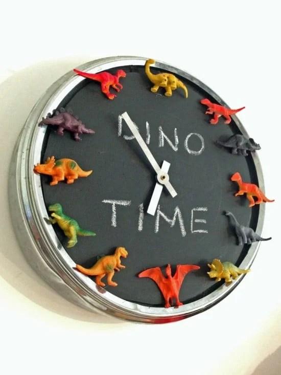 Dinosaur PUGG clock | IKEA Hackers