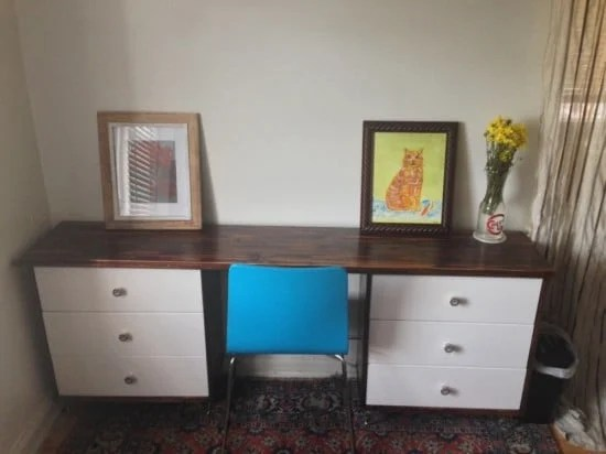 Rastastic Desk