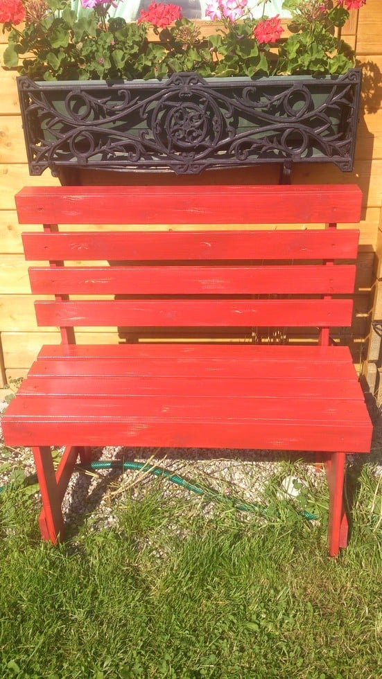 Luxury red bench