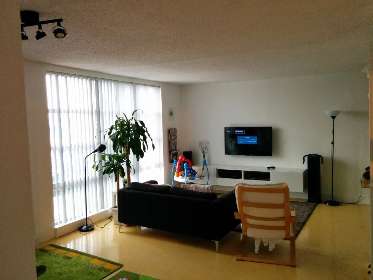 Making a pax room in the living room ikea hackers for Living room tv area design