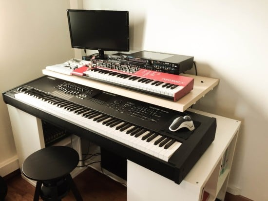 Kallax studio desk ikea hackers for Meubles studio d enregistrement ikea