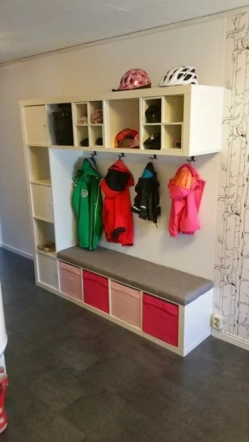 kallax entryway ikea hackers. Black Bedroom Furniture Sets. Home Design Ideas