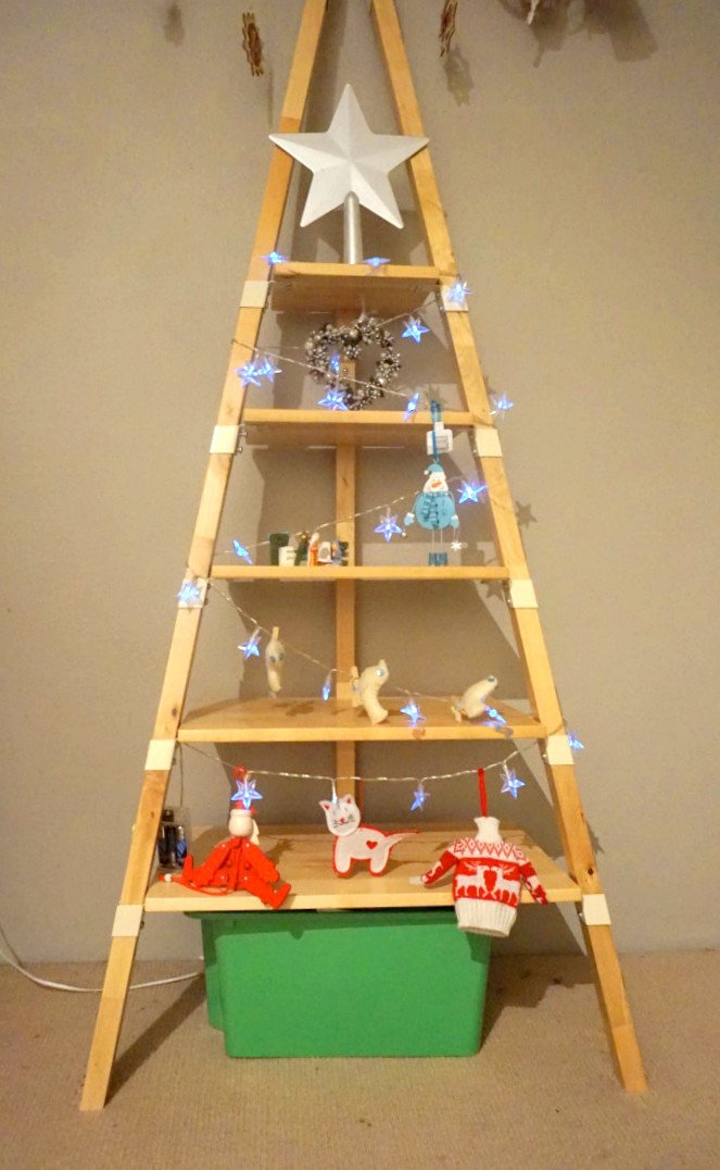 Quick And Easy Christmas Tree From Ps 2014 Wall Shelf