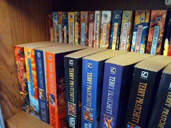Billy + Glis boxes = Tiered bookshelf