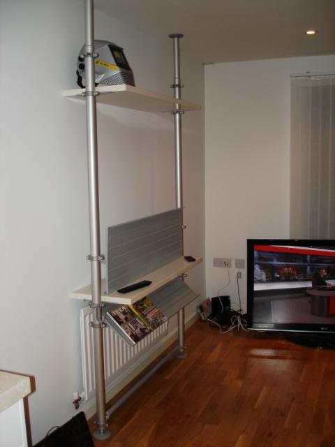 Stolmen plasma tv gadget mount ikea hackers for Ikea rack mount