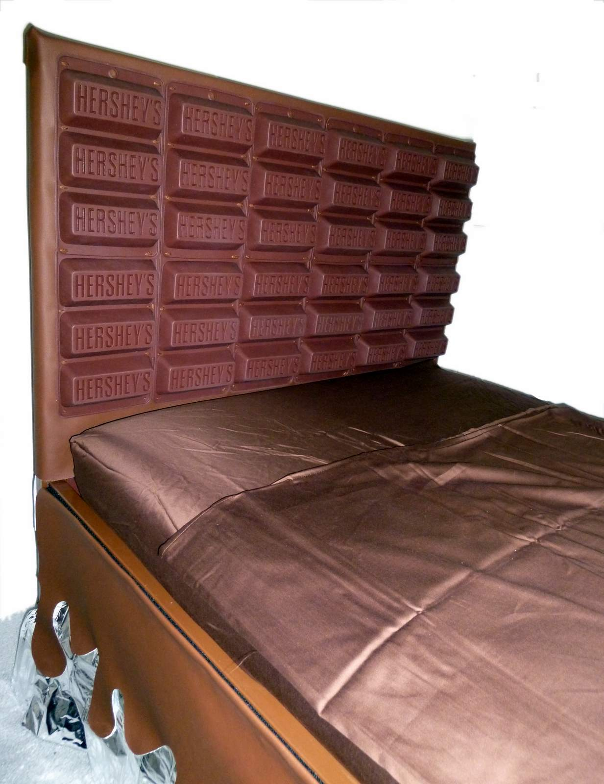 Bed With Huge Chocolate Bar Ikea Hackers