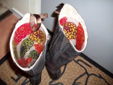 Place mat as boot saver