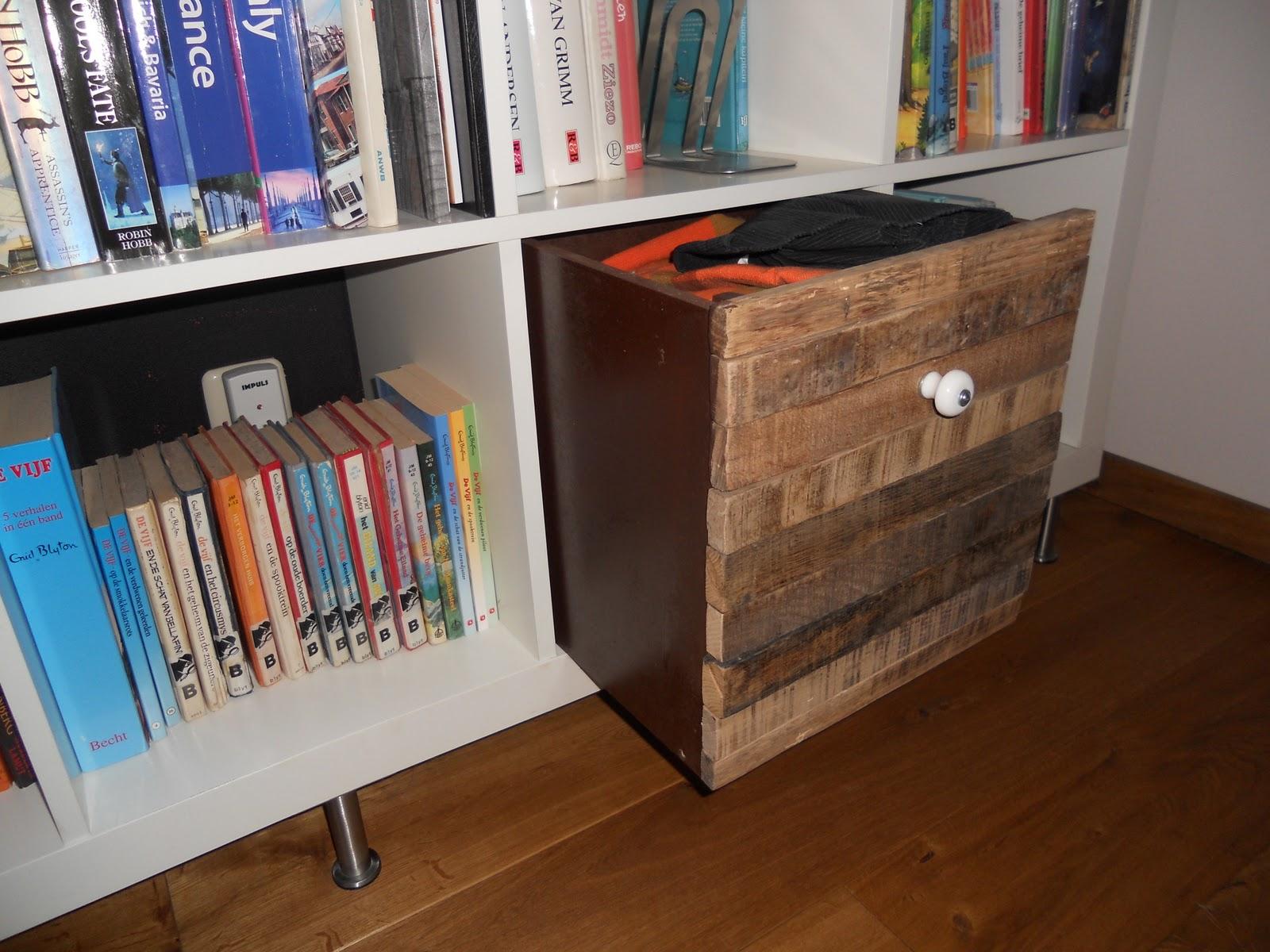 old wood expedit box ikea hackers. Black Bedroom Furniture Sets. Home Design Ideas