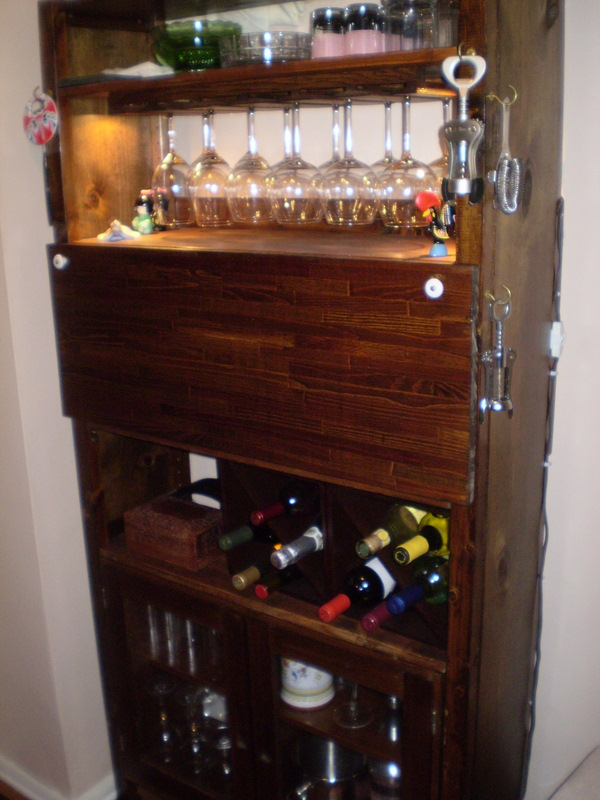 Have a cocktail on an ivar bar ikea hackers for Built in drinks cabinet