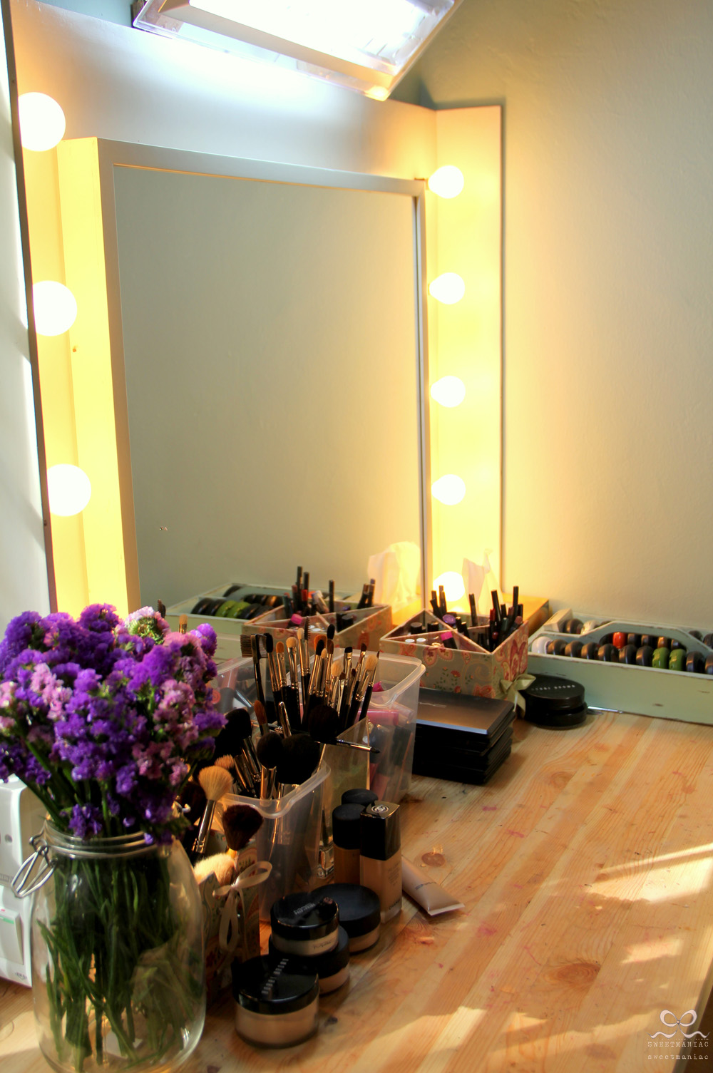 Simple Stylish Vanity Table Ikea Hackers