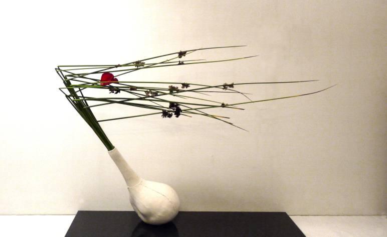 "Sogetsu Ikebana arrangement ""Wind"" by Ekaterina Seehaus"