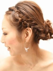結婚式 ミディアム 髪型 ゲスト 女性