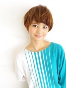 冬 人気 ショート 髪型 レディース、6