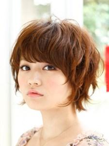 春 髪型 ショート 女性 人気 5