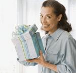 母の日は花以外のプレゼントを!おすすめはスイーツやバッグ?