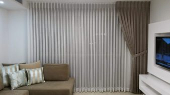 curtain-side-2153959_1920