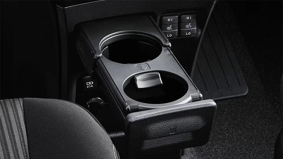 carlineup voxy interior comfort pic 00 7 2 - 【最新】新型ヴォクシーの内装レビュー!コックピット・インパネの使いやすさからグレード別装備の違いまで。室内空間の広さは半端ないよ!