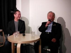 焼酎講座(なごやかに焼酎の歴史を語る山内会長(右))