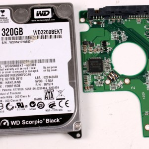 WD WD3200BEKT-00F3T0 320GB 2,5 SATA HARD DRIVE / PCB (CIRCUIT BOARD) ONLY FOR DATA