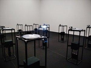 「ダムタイプ アクション+リフレクション」展のバリアフリー概況