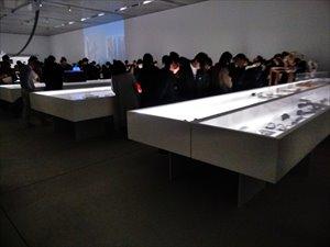 21-21 DESIGN SIGHT「マル秘展」車椅子鑑賞ガイド バリアフリー情報