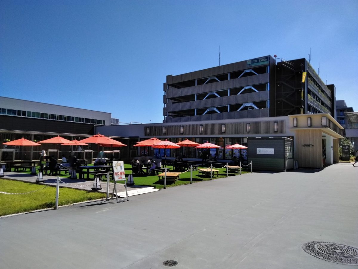 豊洲市場 江戸前場下町と千客万来駐車場