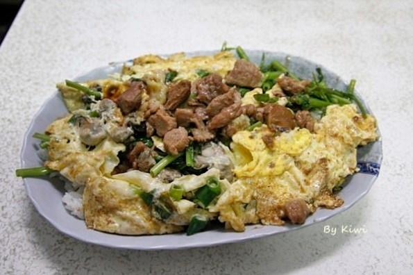 彰化民生路蚵仔煎 蚵仔蓋飯煎的蛋香溢滿料多實在,彰化老店銅板美食推薦