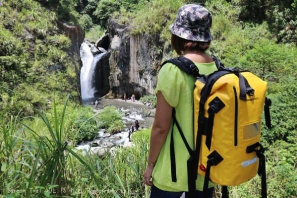 推薦防水包 Stream Trail日本潮牌雙肩包,後背包 玩水,必用防水配備(水上競技基本配件)