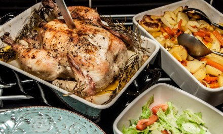 Helrostad kyckling med lime- och vitlökssmör