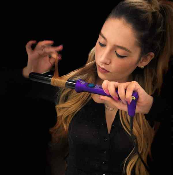 25mm curling wands purple with a women holding it