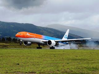 Origen de la aviación civil; los vuelos de pasajeros