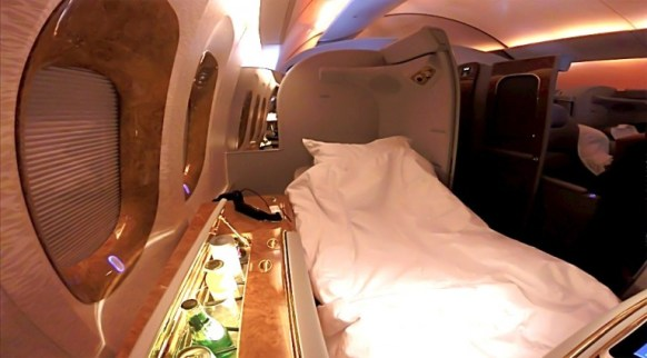 Emirates First Suites - bed
