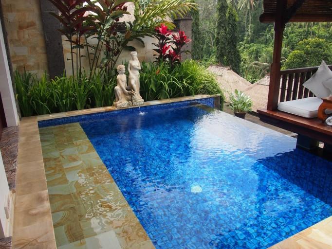 Verwarmd prive zwembad