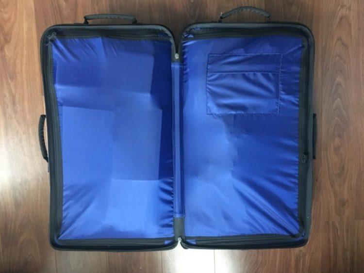 review-Eastpak-lichtgewicht-koffer