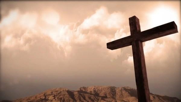 The Risen Christ: Time Lapse Sunrise Behind Calvary Cross ...