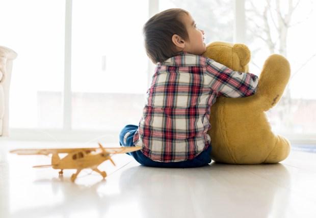 Ребенок-аутист. Иллюстрация
