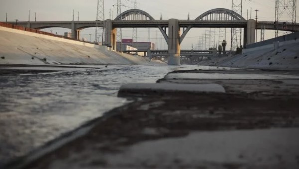 Los Angeles River 6th St Bridge 2 - Daytime - Shot Near ...