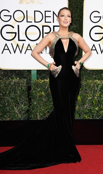 Blake Lively vestiu Atelier Versace. Foto: Getty Images.