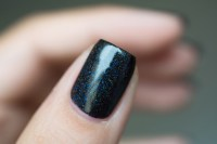Lilypad Lacquer_Out in space_Black hole_06