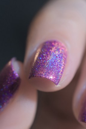 Glam Polish_Love Marilyn_How to marry a millionaire_09