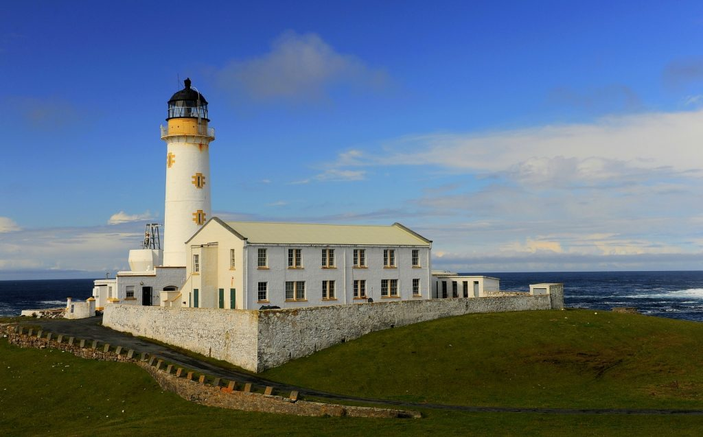 La South Lighthouse, sulla Fair Isle, ospita anche un bed&breakfast