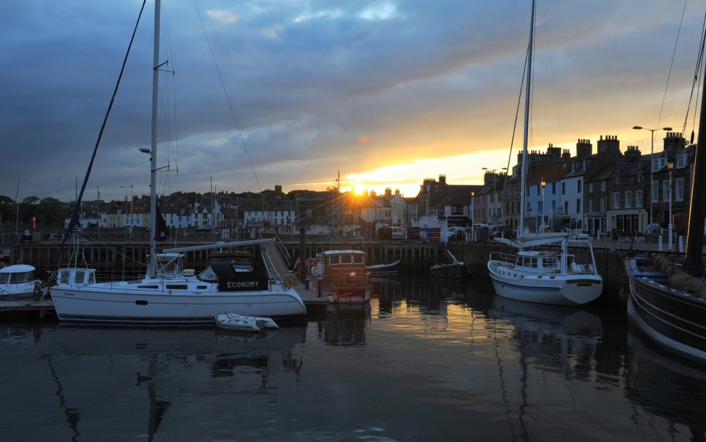 Il porto di ANSTRUTHER all'ora del tramonto