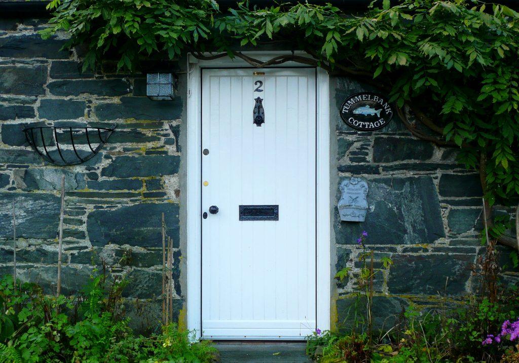 Un piccolo cottage tradizionale a PORT-NA-CRAIG