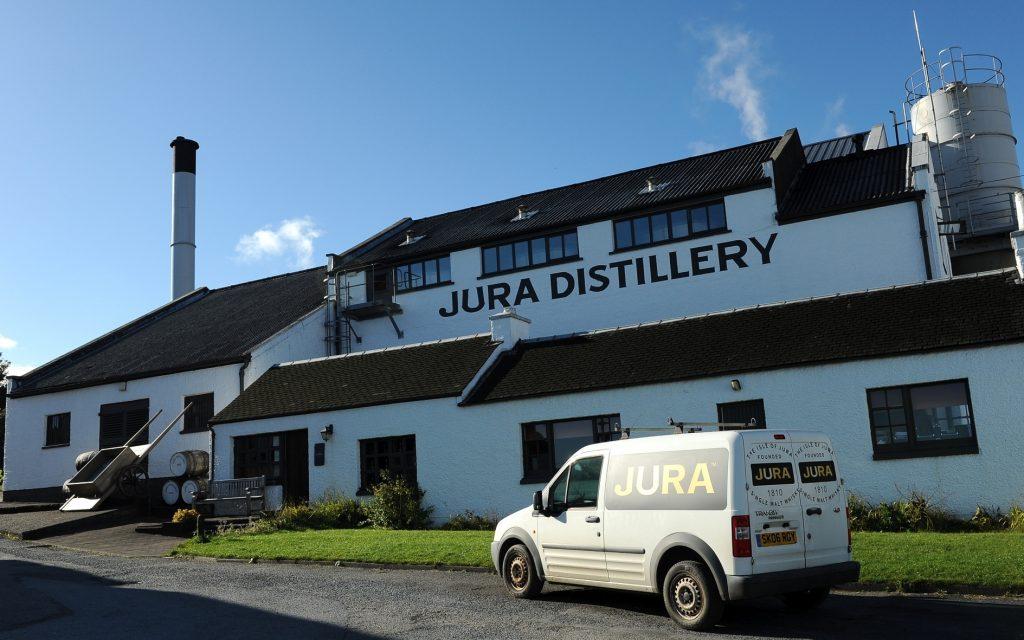 Un'altra immagine della distilleria