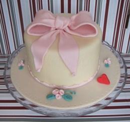 torta fiocco per corso